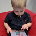 child.smartphone-1373x1940